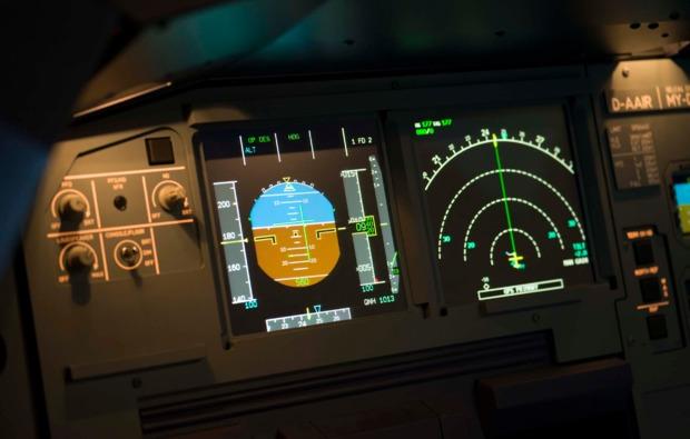 3d-flugsimulator-boeing737-berlin-anzeige