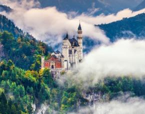 München_Viator Schloss Neuschwanstein Schlösserzauber Bayern – Neuschwanstein & Linderhof