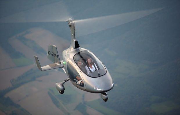 tragschrauber-rundflug-weiden-in-der-oberpfalz-gyrocopter-silber