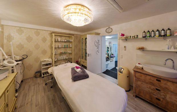 ganzkoerpermassage-rosenfeld-massage
