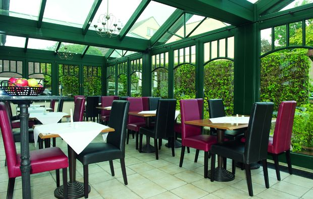 candle-light-dinner-fuer-zwei-bergen-auf-ruegen-restaurant