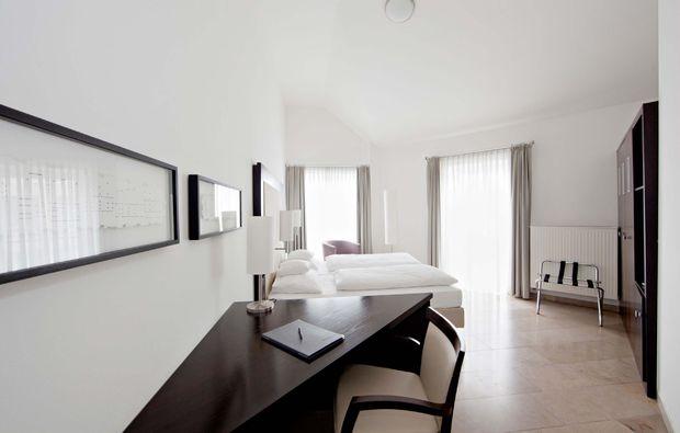 kulturreise-duesseldorf-hotelzimmer