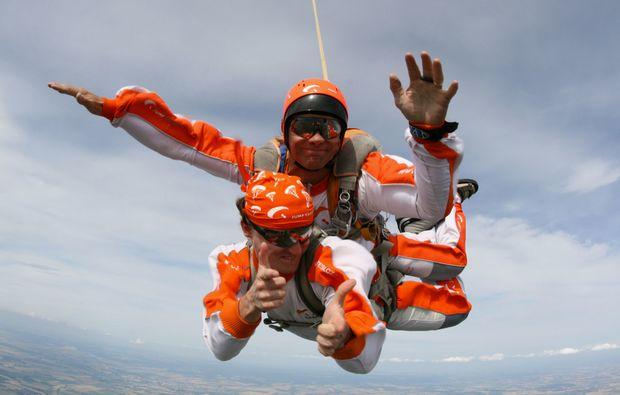 fallschirm-tandemsprung-prostejov-flug