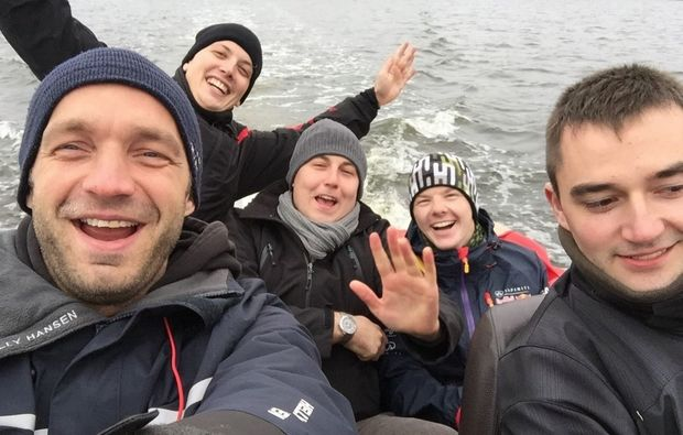motorboot-fahren-rostock-schein-kurs