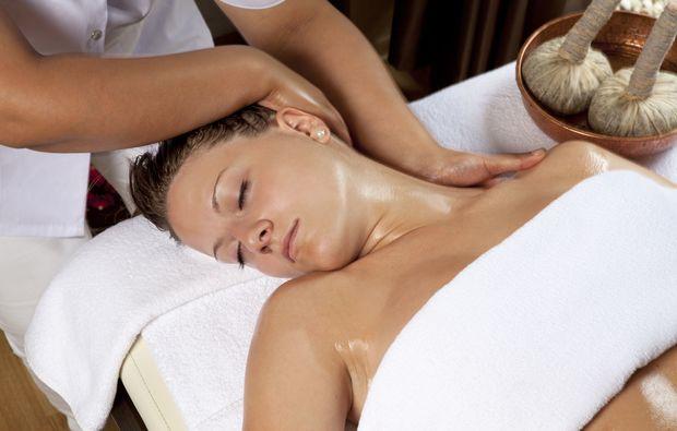 naturkosmetik-behandlung-nuernberg-massage