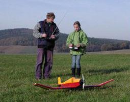fliegen-model-flugzeug