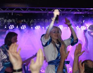 ABBA–Dinnershow - 4-Gänge-Menü - Marriott Hotel - Köln Marriott Hotel  - 4-Gänge-Menü, inkl. Begrüßungssekt