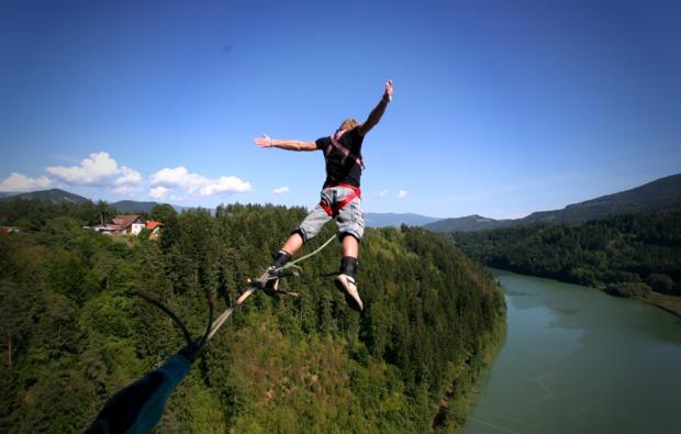 bungee-jumping-jauntalbruecke-kaernten-action