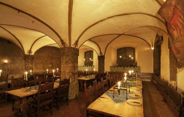 ritteressen-hall-tirol1491469721