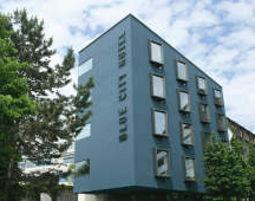 Kultur-Wochenende für Zwei Blue City Hotel - Fahrkarte Nahverkehr