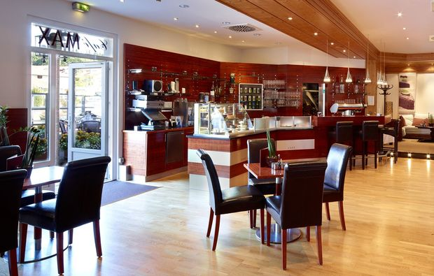 thermen-spa-hotels-bad-griesbach-cafe