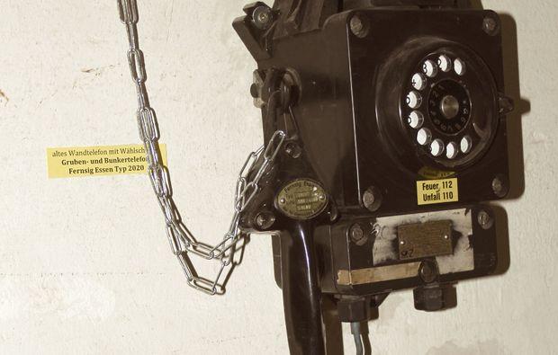 bunkerfuehrung-hagen-telefon