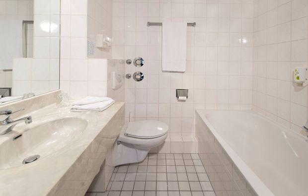 romantikwochenende-zwickau-badezimmer