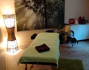Edelsteinmassage Fußbad, Wärmebehandlung, Edelsteinmassage – 50 Minuten