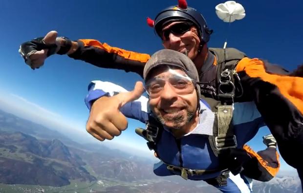 fallschirm-tandemsprung-st-johann-tirol-spass