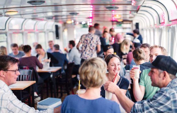 gin-tasting-muenster-schiff