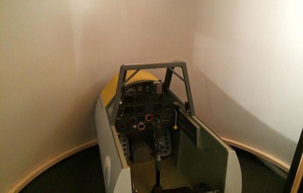 messerschmitt-flugsimulator-muenchen-jagdflugzeug