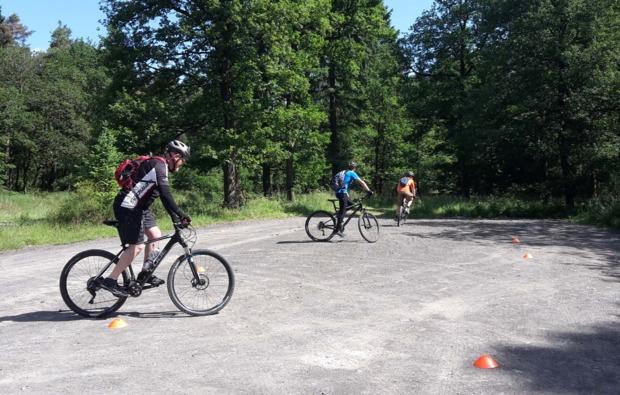 mountainbike-basiskurs-boppard-uebung