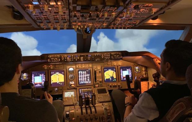flugsimulator-3d-koeln-pilot