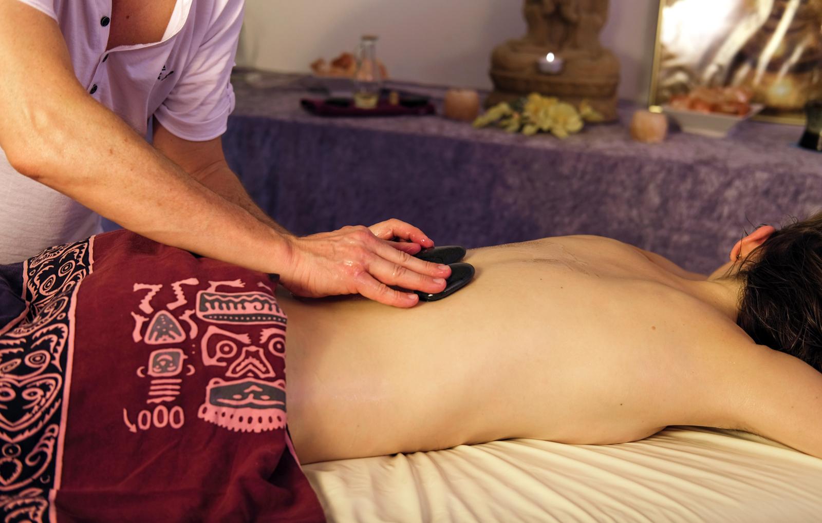 hot-stone-massage-eckental-bg2