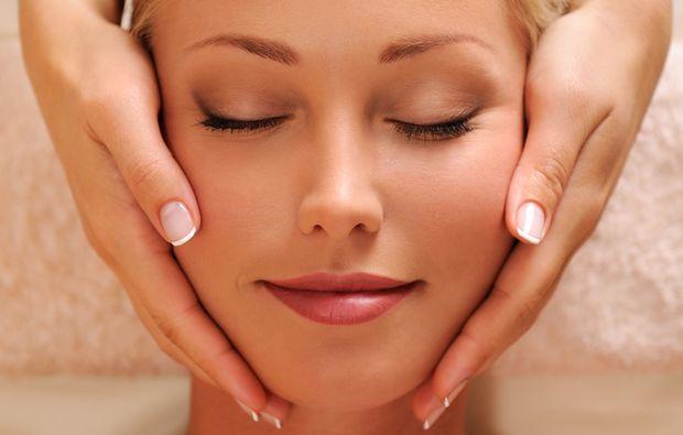 gesichtsbehandlung-wendelstein-rosenkosmetikjpeg
