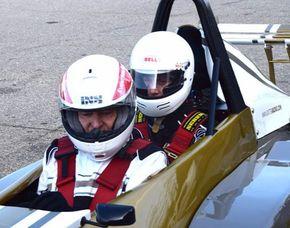 Taxifahrt im Formel Renault - 2 Runden Taxifahrt Formel Renault - Dijon - 2 Runden