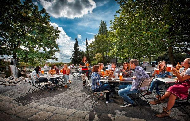 bierverkostung-mendig-ausblick-terrasse