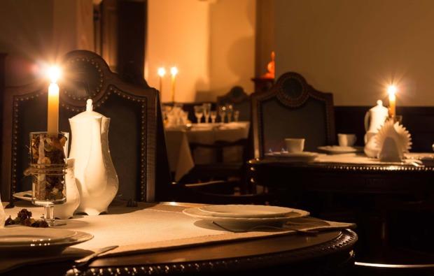 dinner-in-the-dark-dresden-candle-light