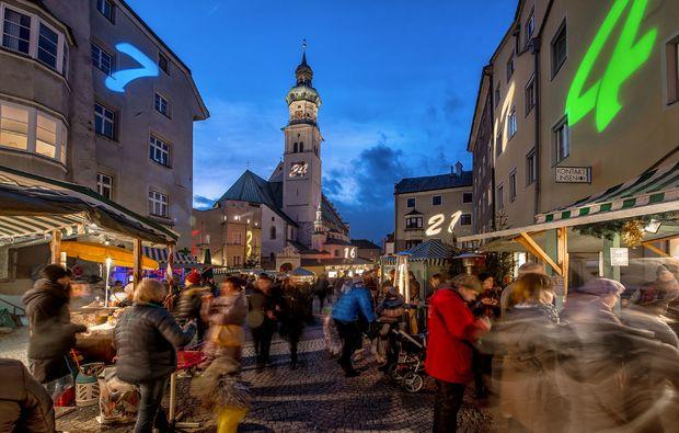 klassische-stadtfuehrung-hall-in-tirol-altstadt