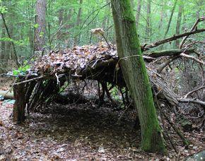 Wildnis-Wochenende - Seligenstadt Bogenschießen, Erste Hilfe, Notunterkunft Errichtung