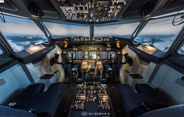 4d-flugsimulator-kaltenkirchen-cockpit