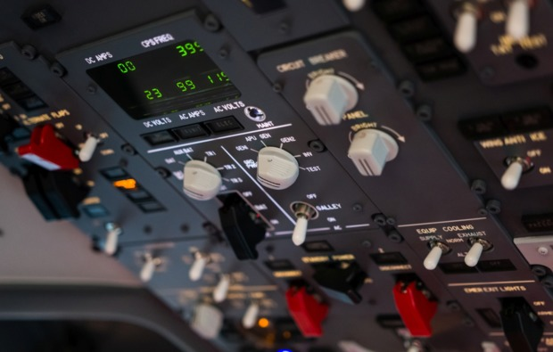 4d-flugsimulator-kaltenkirchen-instrumente