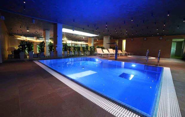 kurzurlaub-am-meer-miedzyzdroje-pool