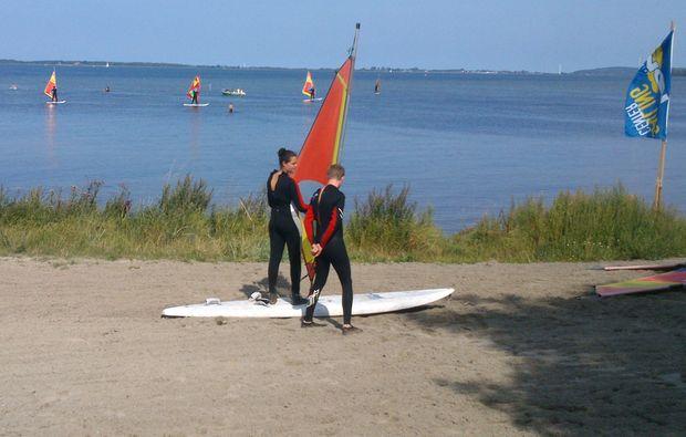 windsurf-schnupperkurs-schaprode-trockenuebung