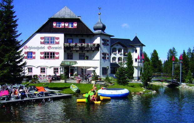 schlosshotels-turracher-hoehe-unterkunft