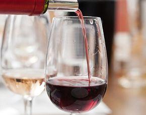 Weinverkostung - Jazz und Wein - Köln von 4 Weinen mit Jazz-Musik