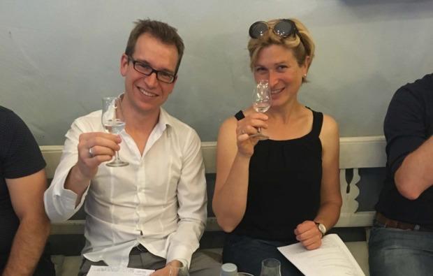 schnapsbrennen-bremen-tasting