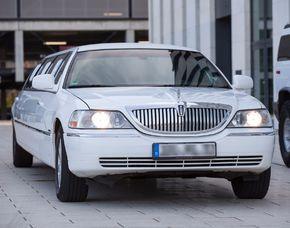 Stadtrundfahrt - Lincoln in einer Lincoln Stretchlimousine für bis zu 8 Personen