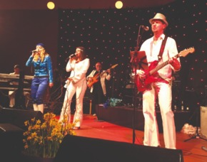 ABBA Royal – The Tribute Dinnershow - 79 Euro - Victor's Residenz-Hotel Saarlouis - Saarlouis Victor's Residenz-Hotel Saarlouis - 4-Gänge-Menü