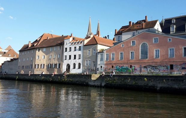 regensburg-romantische-bootstour-fuer-zwei-heiratsantrag