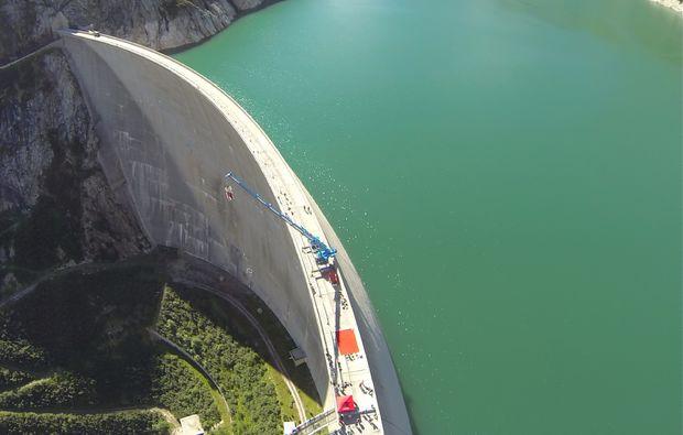 bungee-jumping-koelnbreinsperre-im-maltatal-adrenalin