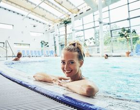 Spa Oase - 1 Person - Hersbruck Tageskarte Fackelmann Therme, Entspannungsmassage