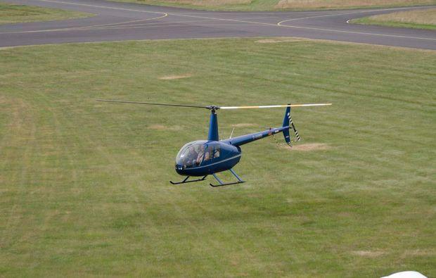 hubschrauber-privatrundflug-huenxe-landung