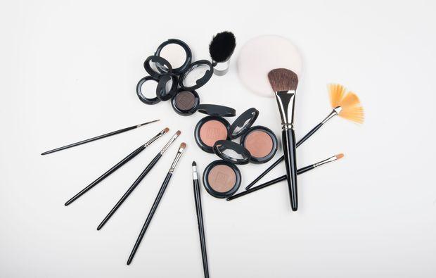 make-up-beratung-maikammer-richtig-schminken