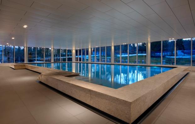 wellnesshotel-st-gallen-schwimmbad