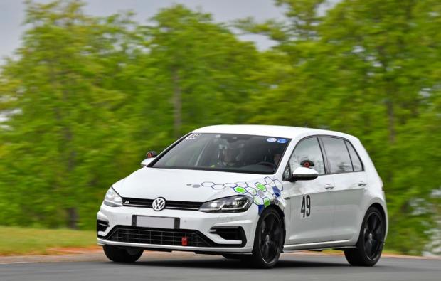 rennwagen-selber-fahren-spielberg-golf-r4-motion