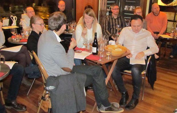 weinseminar-duesseldorf-feiern