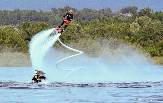flyboarden-ispra-lago-maggiore-spass