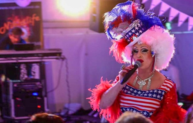 travestie-show-kirchham-bg2