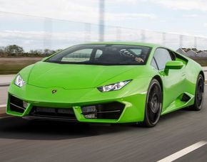 Lamborghini Huracan - 20 Minuten Lamborghini Huracan - 20 Minuten